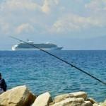 Bocale(Rc) spiaggia Calypso: giovani pescatori