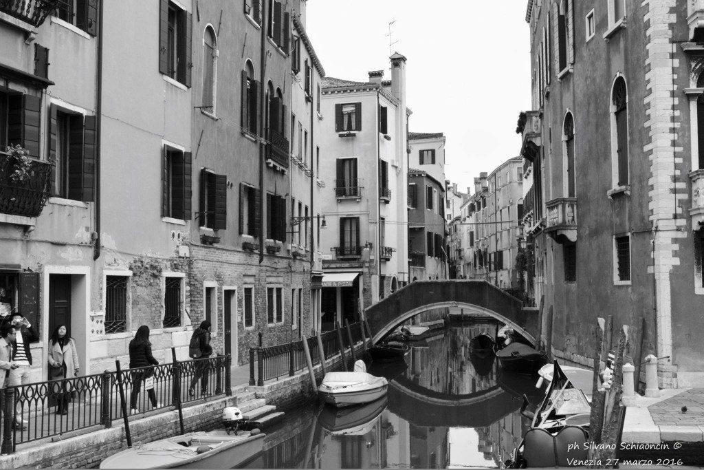 Venezia_giochi_in_bianco_e_nero_foto_10