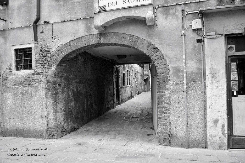 Venezia_giochi_in_bianco_e_nero_foto_12