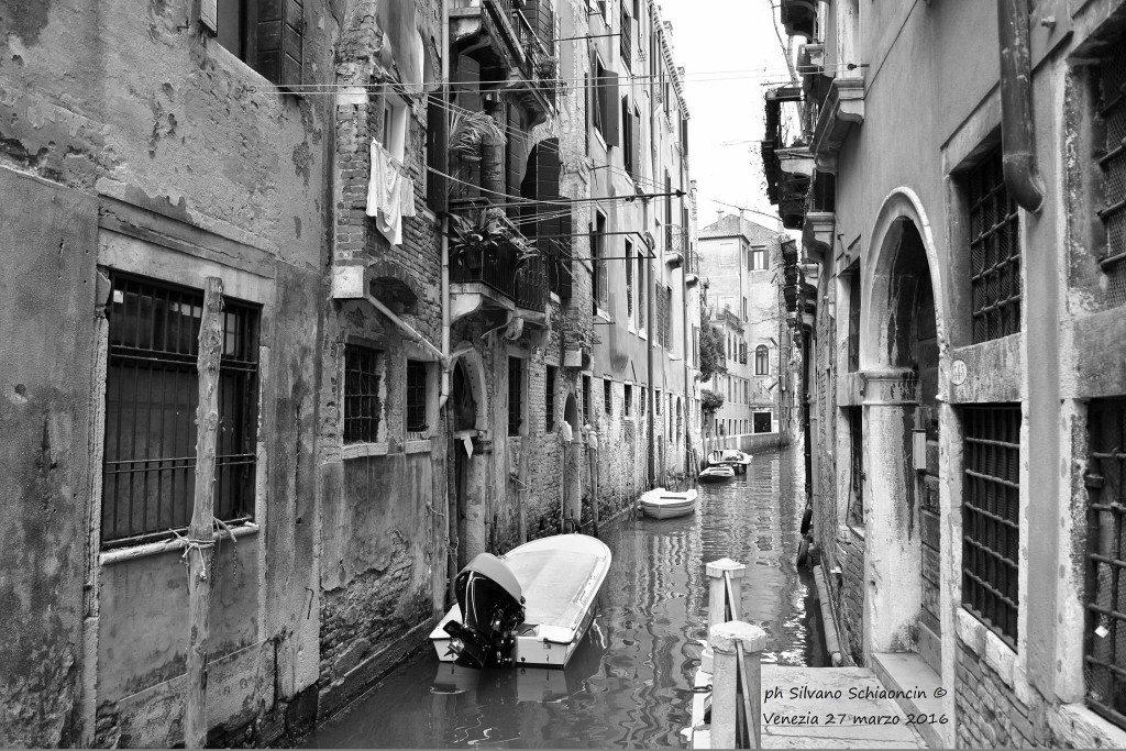 Venezia_giochi_in_bianco_e_nero_foto_15