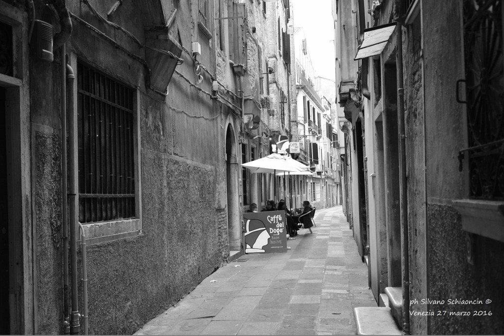 Venezia_giochi_in_bianco_e_nero_foto_16