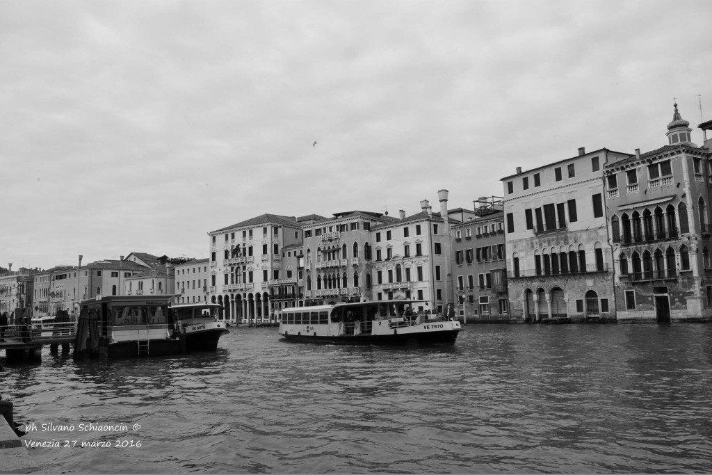Venezia_giochi_in_bianco_e_nero_foto_17