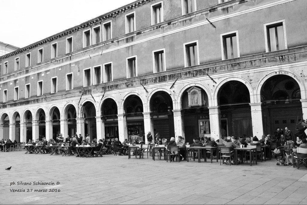 Venezia_giochi_in_bianco_e_nero_foto_18