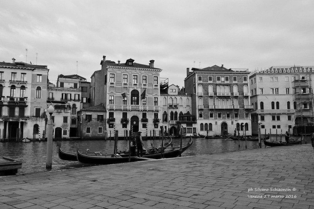 Venezia_giochi_in_bianco_e_nero_foto_19