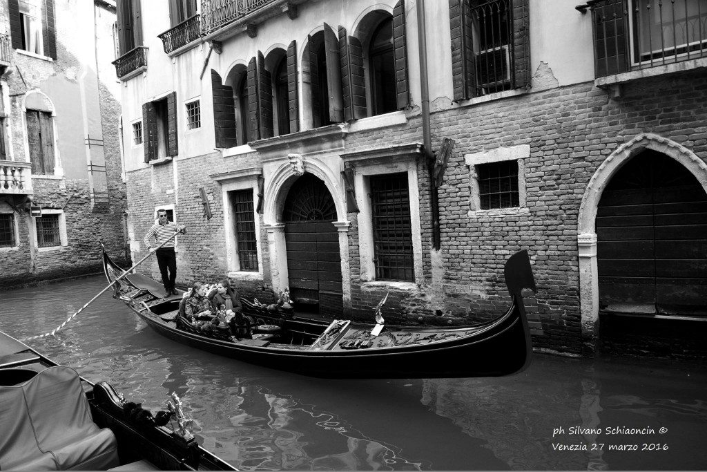 Venezia_giochi_in_bianco_e_nero_foto_21