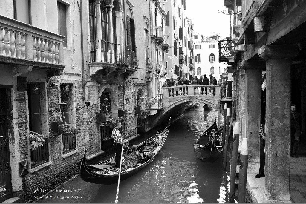 Venezia_giochi_in_bianco_e_nero_foto_23