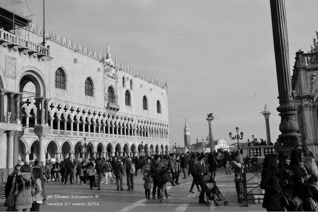 Venezia_giochi_in_bianco_e_nero_foto_28