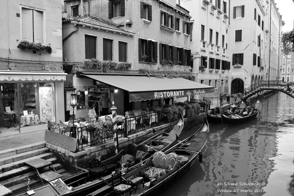 Venezia_giochi_in_bianco_e_nero_foto_38