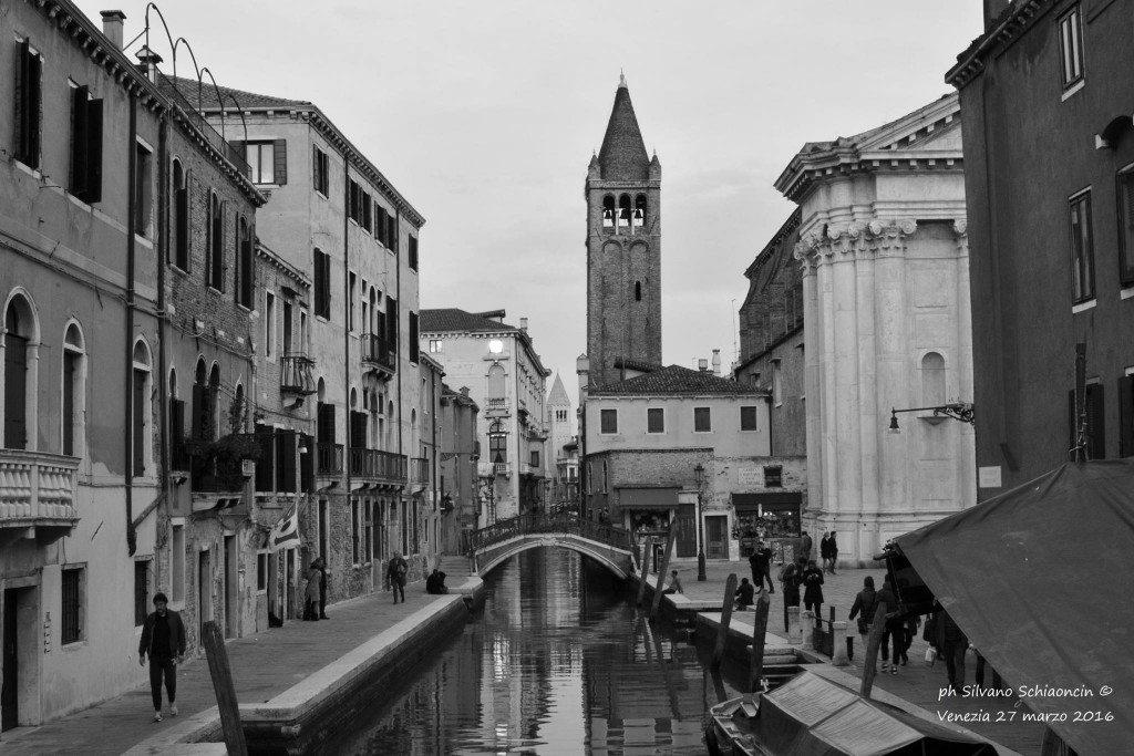 Venezia_giochi_in_bianco_e_nero_foto_49