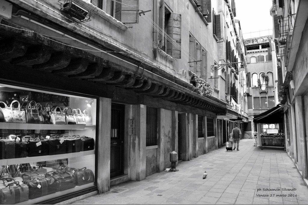 Venezia_giochi_in_bianco_e_nero_foto_63