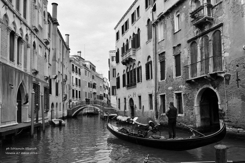 Venezia_giochi_in_bianco_e_nero_foto_64