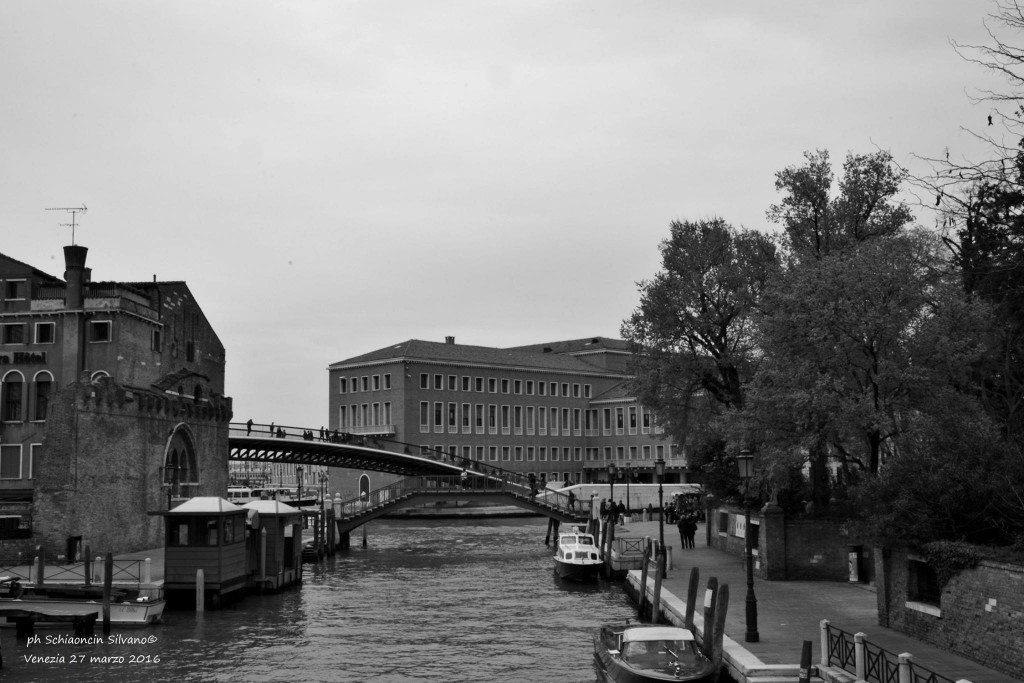 Venezia_giochi_in_bianco_e_nero_foto_68