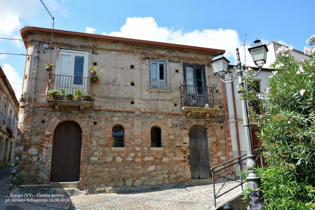 Zungri_(VV)_Centro storico.